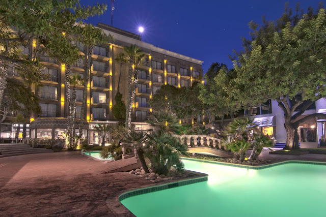 Located 2 miles from the international border with the city of San Diego, California, Hotel Lucerna Tijuana is a traditional hotel that pays special attention to families and executives.