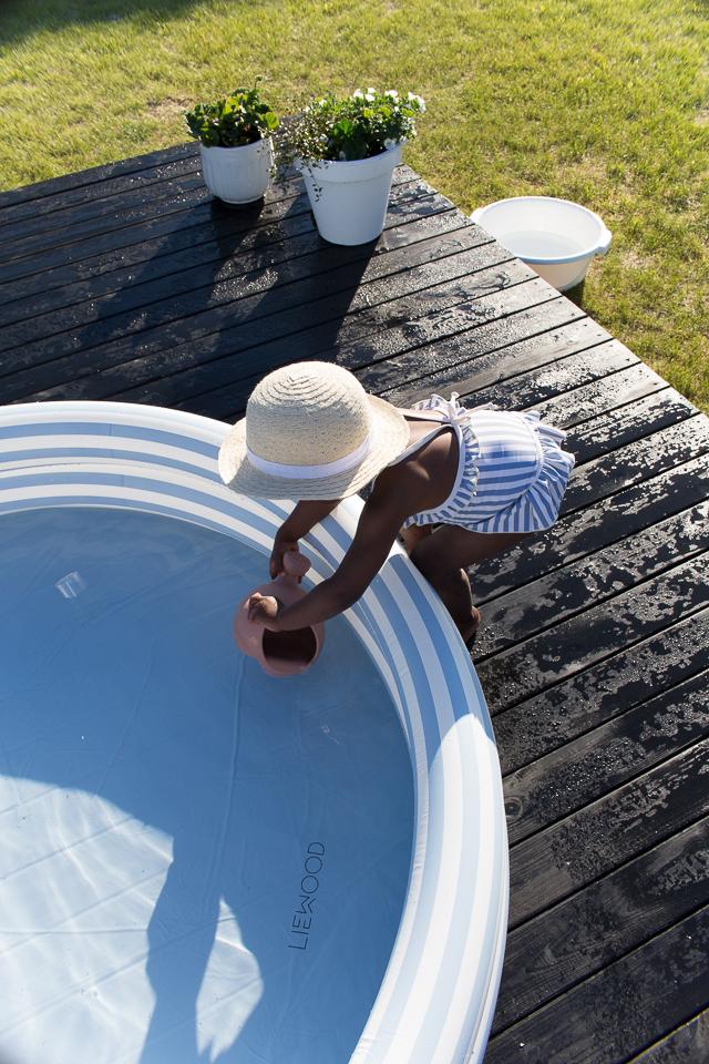 Villa H, lasten uima-allas, Liewood design, perhe-elämää