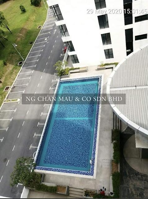 Tempat ini lengkap dengan swimming pool low Desity