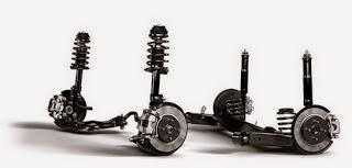 Hệ thống treo trước độc lập treo sau dạng thanh xoắn giúp xe vận hành ổn định và khỏe khoắn
