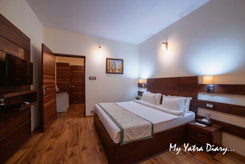 Room at Rosewood Dhanachuli Retreat, Uttarakhand