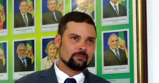 Resultado de imagem para prefeito osvaldo neto reriutaba