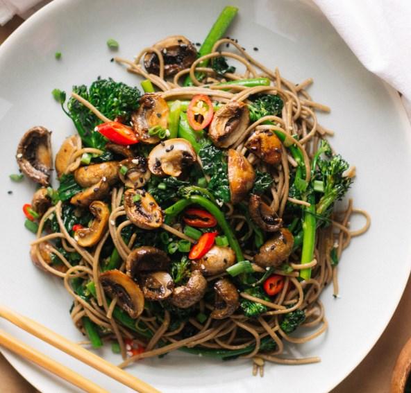 ROASTED TERIYAKI MUSHROOMS AND BROCCOLINI SOBA NOODLES #vegetarian #foods