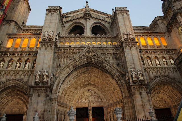 Puerta de la Torre, puerta del Perdón y la Puerta de los Escribanos