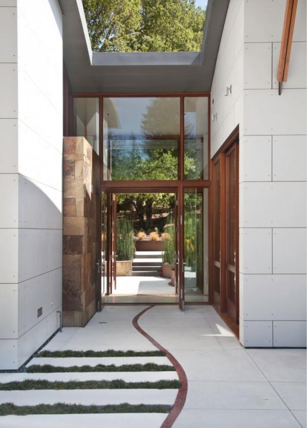 บ้าน 2 ชั้น Modern Creek House Style ทางเข้าบ้าน