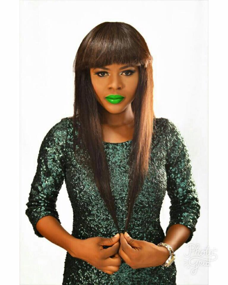 Green lips challenge, celebrity news