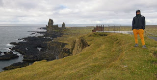 Pilares de Lóndrangar. Península de Snaefellsnes (Snæfellsnes). Islandia, Iceland.