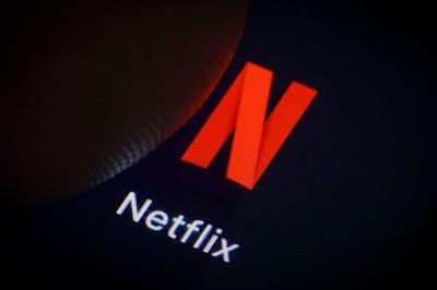 Agenda NETFLIX: Black Mirror, The 100 e mais estreias no streaming