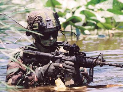 Diferença entre o soldado do Exército e o soldado da Polícia Militar - PM