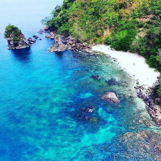 Pantai Wedi Awu Kabupaten Malang