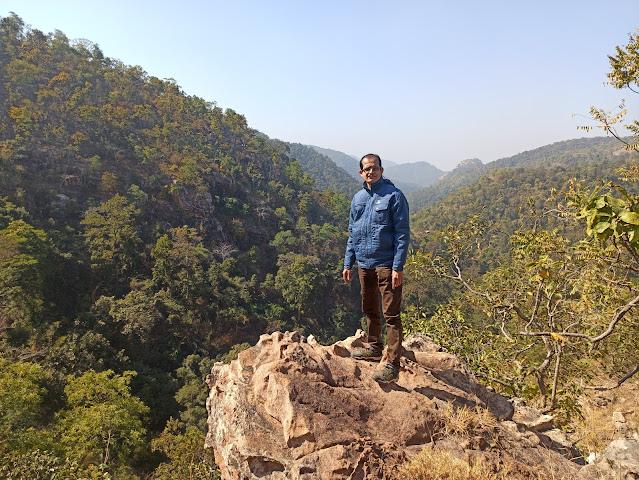 paraghaghi waterfall trek