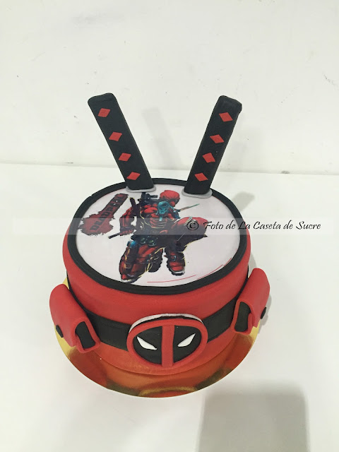 TARTA DEADPOOL