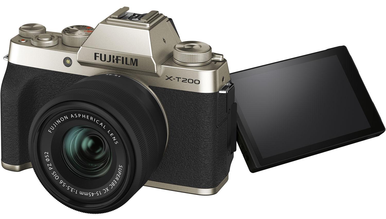 Fujifilm X-T200 с поворотным экраном