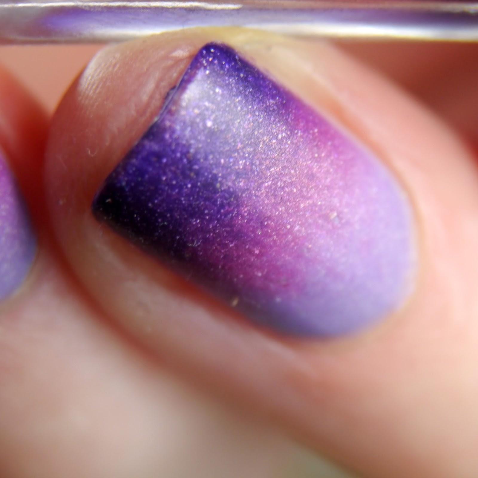 Lack a like: lila glitzergradient