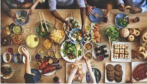 Makanan apa saja yang perlu dihindari saat berbuka puasa