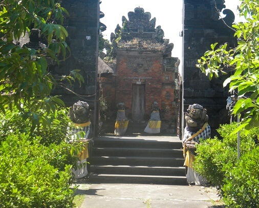 meters from the coastline inward the due south in addition to surrounded past times rice fields BaliBeaches: Pura Erjeruk Bali (Erjeruk Temple)