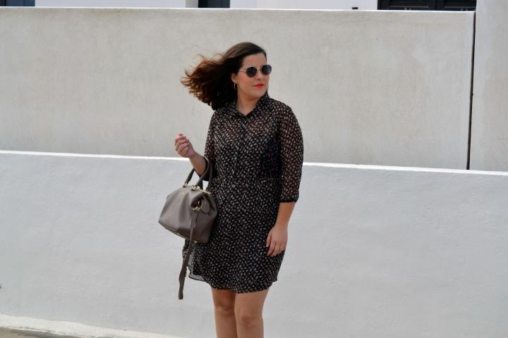 look_embarazo_ideas_para_vestir_embarazada_vestido_flores_lolalolailo_04