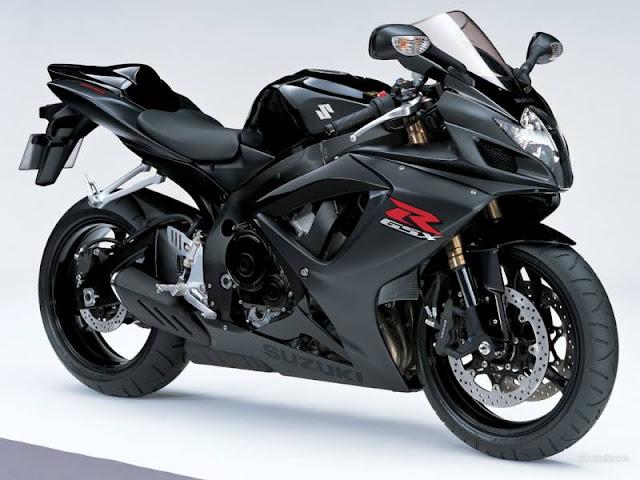 5 xe mô-tô đình đám nhất 2020 mà mọi chàng trai ao ước