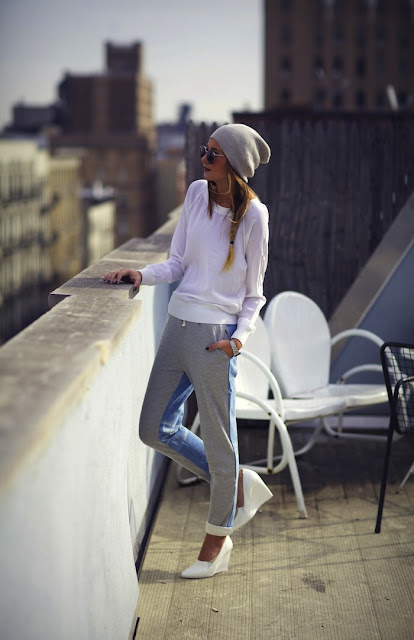 Danielle-we-wore-what-Chándal-con-tacones-el-blog-de-patricia-sí-o-no-calzado-zapatos-shoes-calzature-chaussures