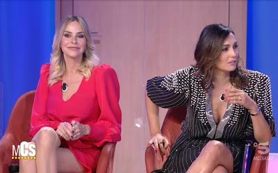Caterina Balivo Stefania Orlando gambe Maurizio Costanzo Show 14 aprile