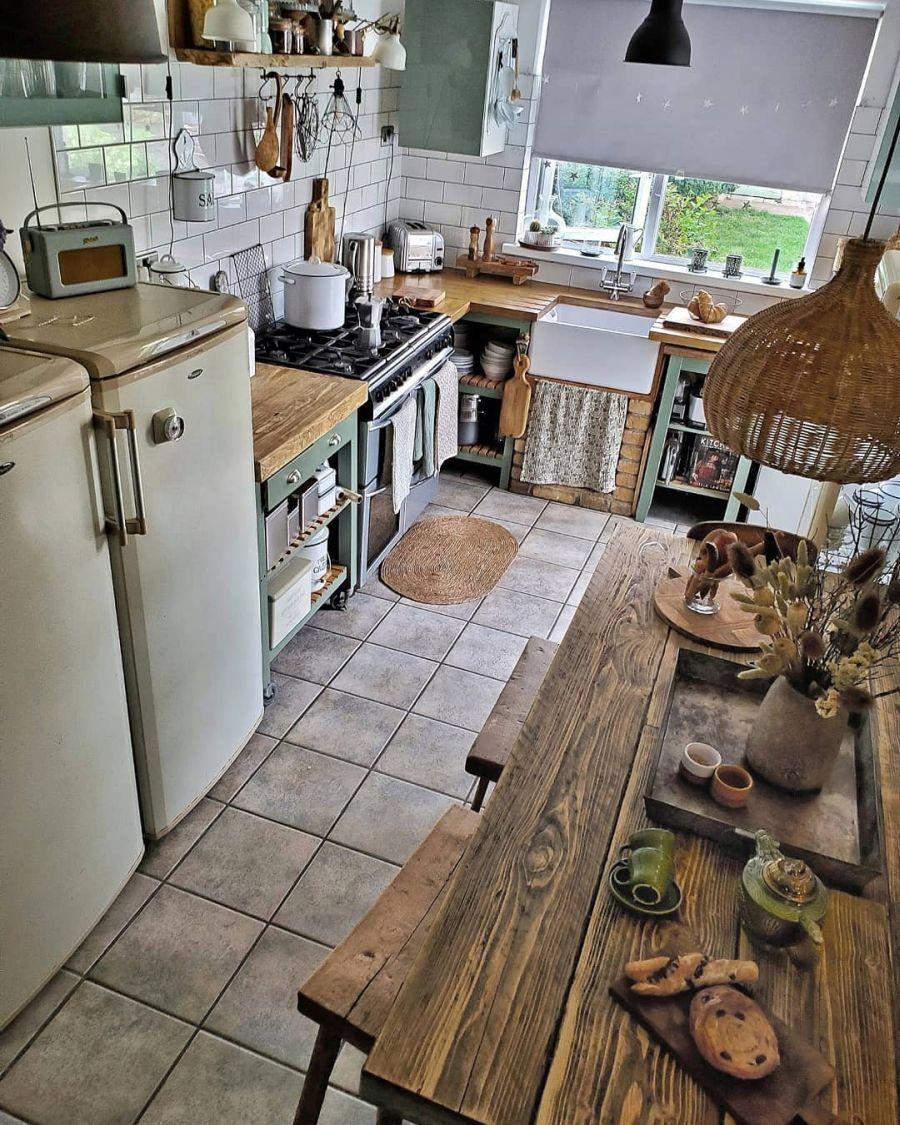 Nieszablonowe mieszkanie z naturą w tle, wystrój wnętrz, wnętrza, urządzanie domu, dekoracje wnętrz, aranżacja wnętrz, inspiracje wnętrz,interior design , dom i wnętrze, aranżacja mieszkania, modne wnętrza, home decor, rustic style, Scandinavian style, industrial style, classic style, styl rustykalny, styl skandynawski, vintage, boho, styl industrialny, styl eco, natura, natural, stonowane kolory, urban jungle, kuchnia, kitchen