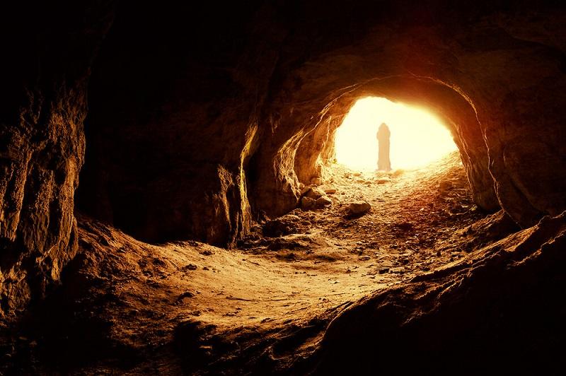 Encontrando Uma Caverna