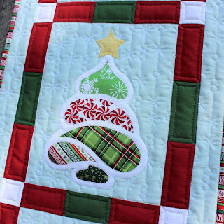 CHRISTMAS TREES-WALL HANGING-EASY QUILT PATTERN-FUSIBLE APPLIQUE-SNOWY TREES