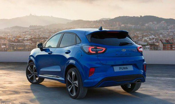 2020 ford puma blue taillight and exhaust