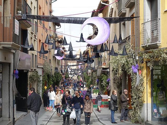 Decoració dels carrers durant la festa del 2018