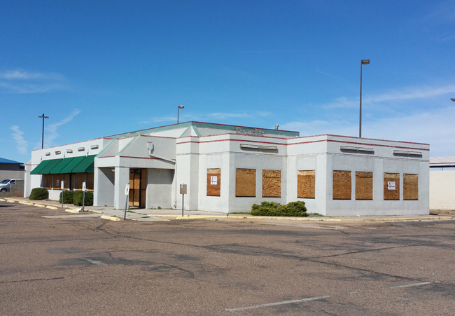 Abandoned Denny's in Winslow, AZ