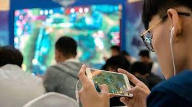 Anak Kecanduan Game Online, 5 Koneksi Ini Pasti Ada yang Error