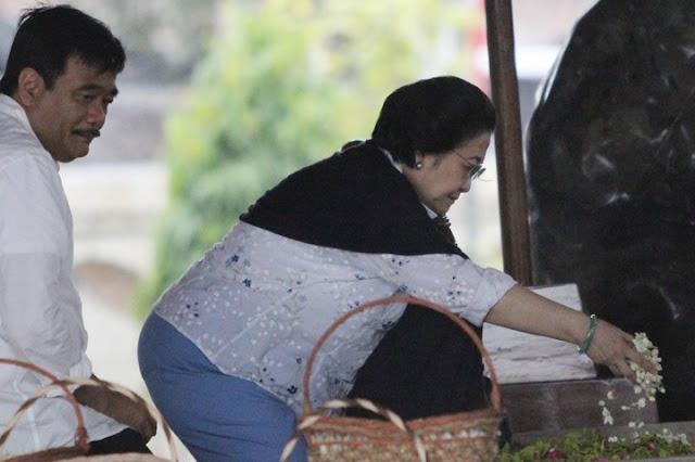 Katanya Kan Sehat, Ibu Megawati Diminta Tampil ke Publik Supaya Meyakinkan