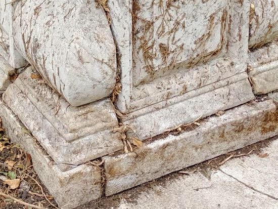 Photograph of Damage to the west side of the tomb - September 30, 2018  Image by the North Mymms History Project released under Creative Commons BY-NC-SA 4.0