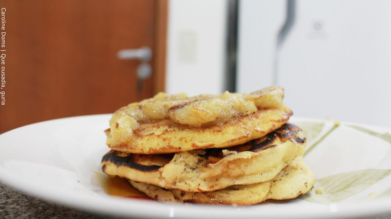 panqueca-banana-mel