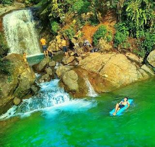 Foto Waterfall Curug Hordeng Babakan Madang