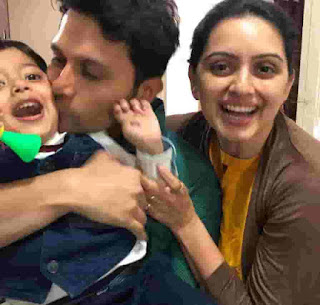 Shruti Marathe With Her Husband And Son