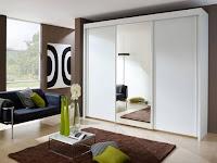 Tips Membuat Ruangan Terlihat Luas dengan Lemari Pakaian Minimalis