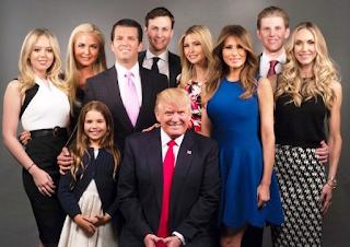 Foto Donald Trump dengan anak-anaknya