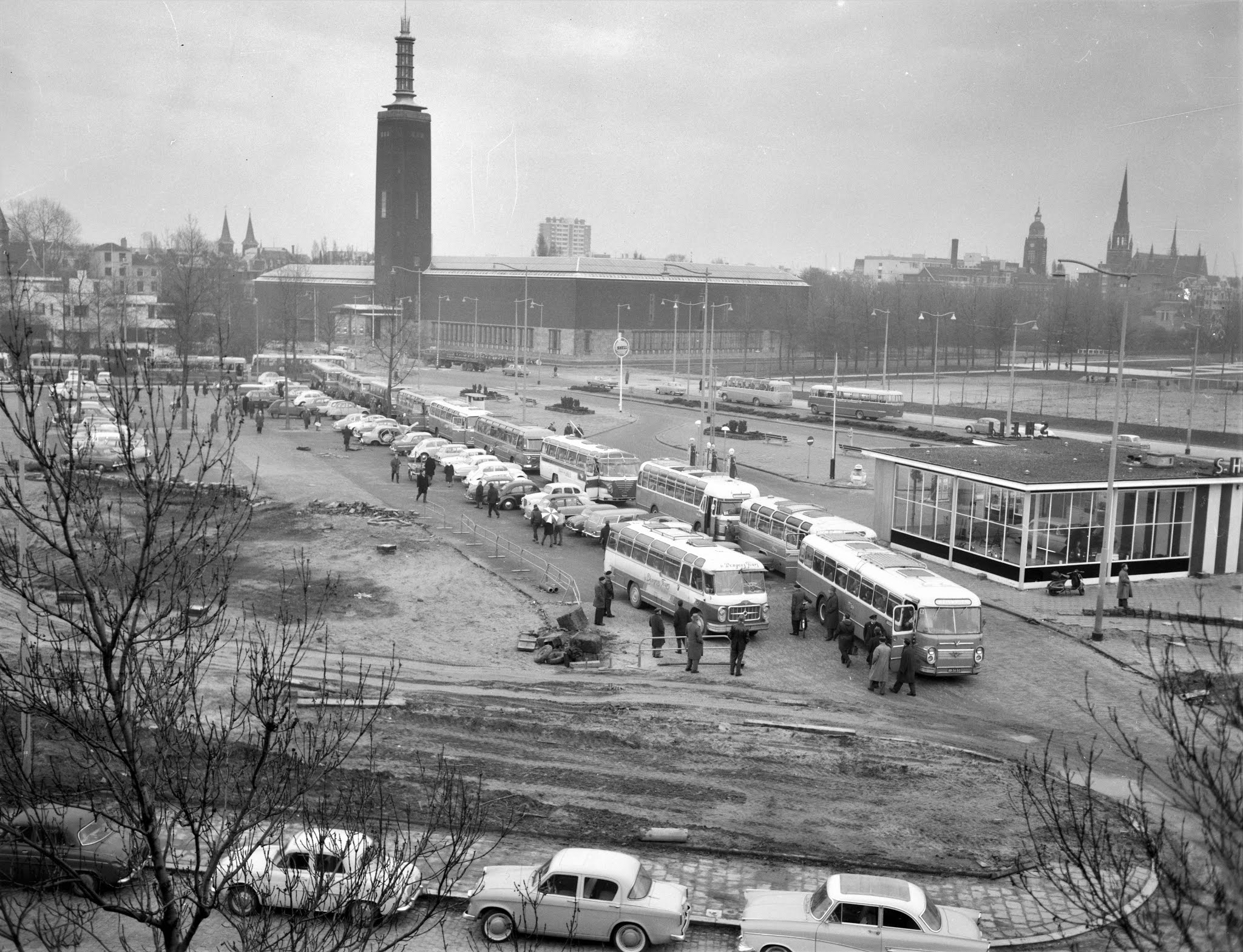 Het Legioen op weg naar Antwerpen voor de wedstrijd tegen Vasas Boedapest