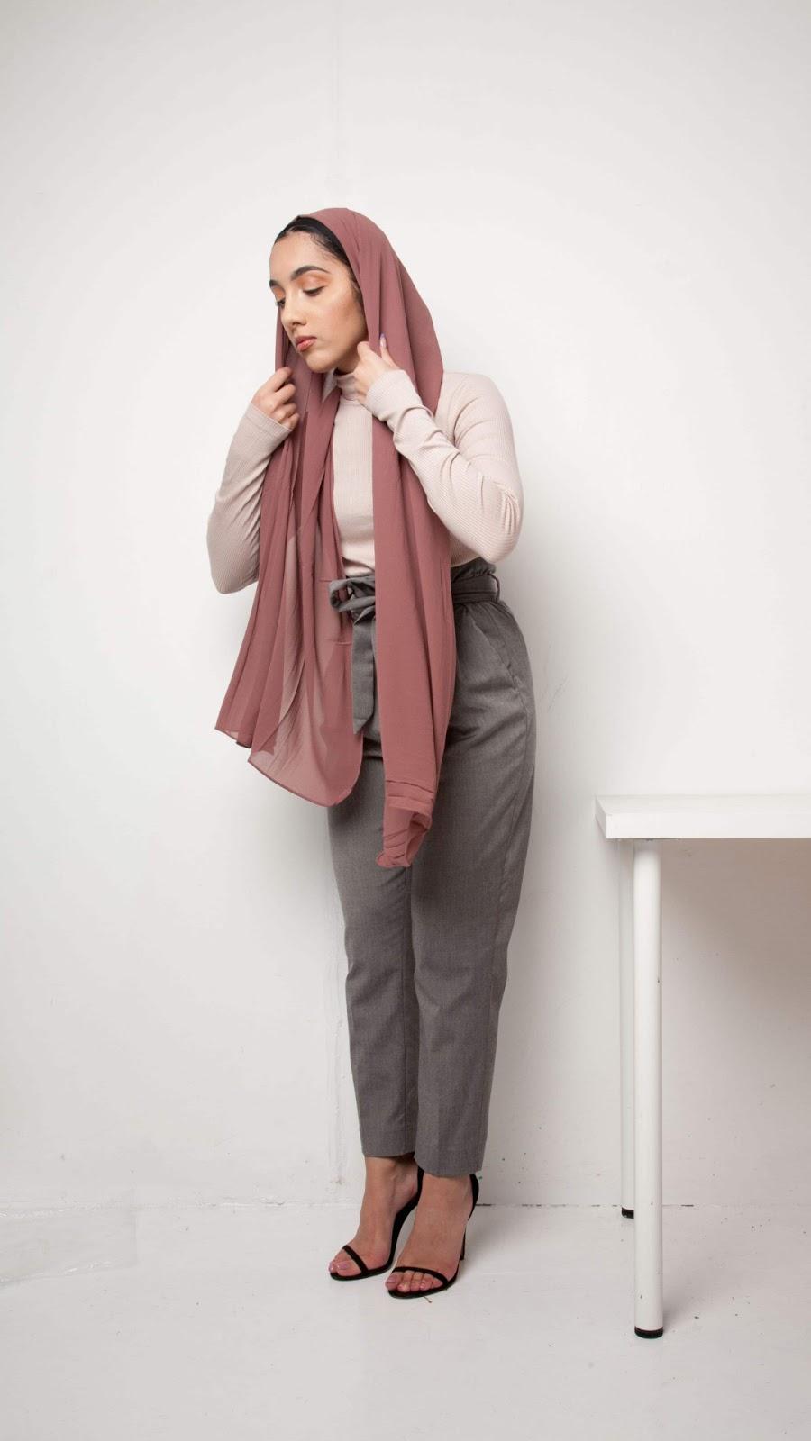 wallpaper hijab cantik manis dan seksi imut cute