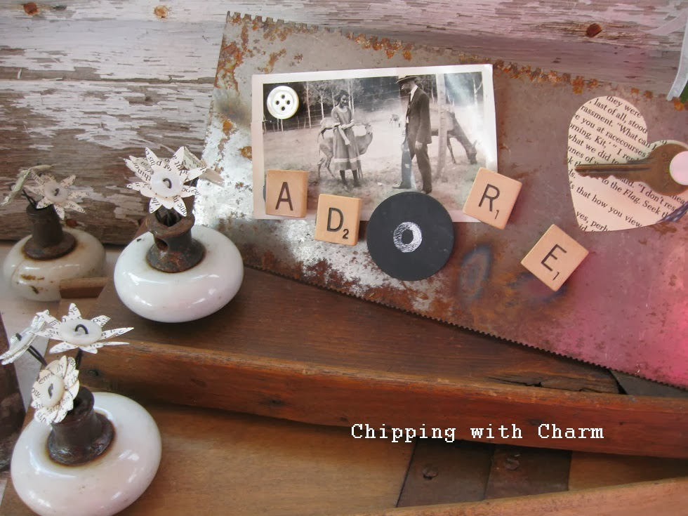 Chipping with Charm:  Trowel Photo Holders and Knob with Flowers...http://www.chippingwithcharm.blogspot.com/