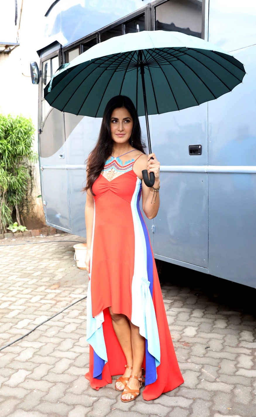 Katrina Kaif Stylish Look Stills at Mehboob Studio To Promote Jagga Jasoos