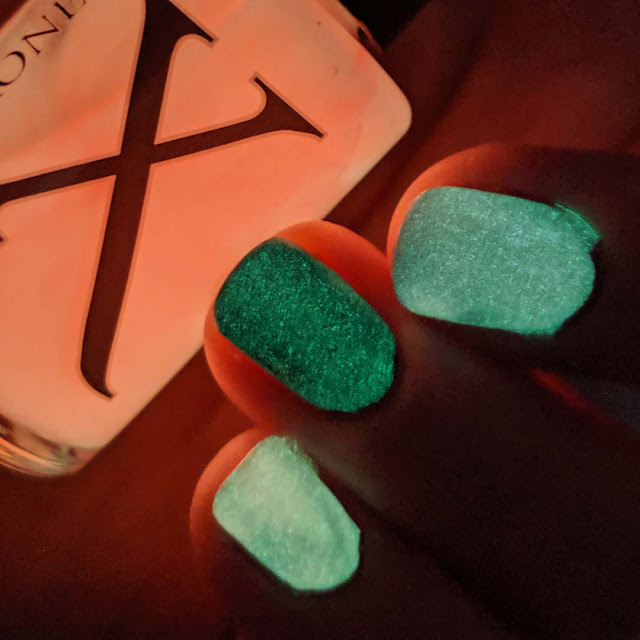orange glow in the dark nail polish topper