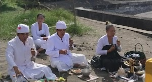 Ajeg Bali, Setiap Proyek Pembangunan Diharapkan Melakukan Upacara Ngeruwak Bhuana Diakhiri Melaspas