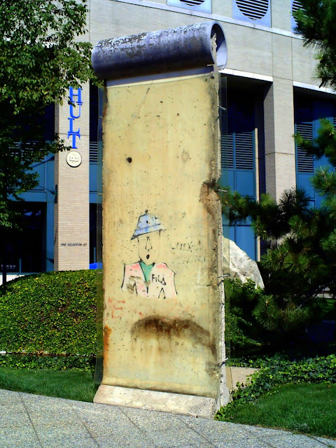 berlin wall, ef education, fall, segment, cambridge, massachusetts,