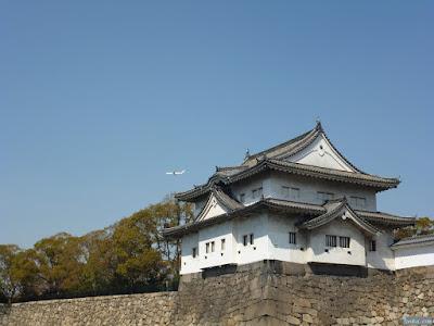 櫓と飛行機