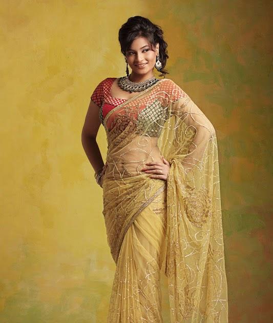 Malayalam actress beauty Suja Varunee