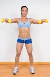 Rutina mujeres gym aperturas laterales mancuernas hombros