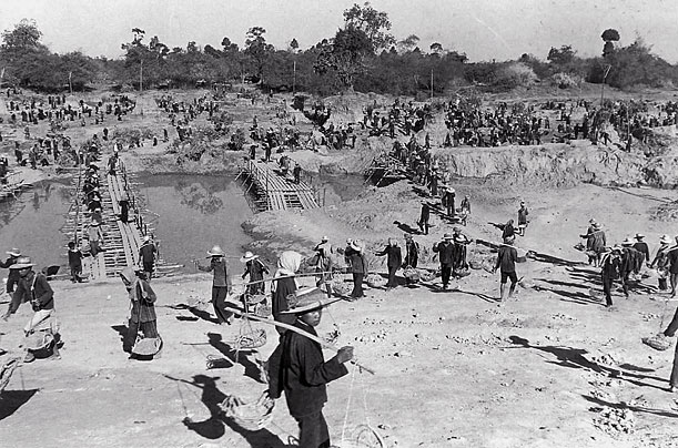 The suffering in cambodia during the khmer rouge