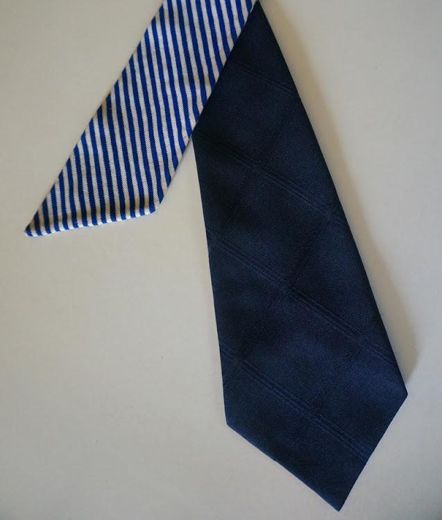 60s 70s blue diamond necktie collar stripe